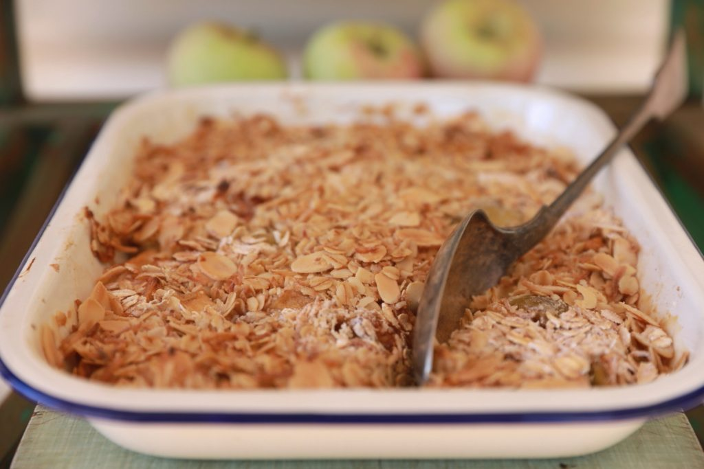 Apple and Fig Crumble 3