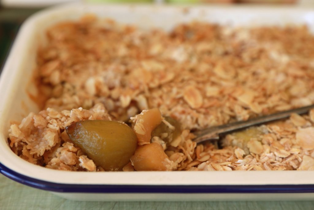 Apple and Fig Crumble 4