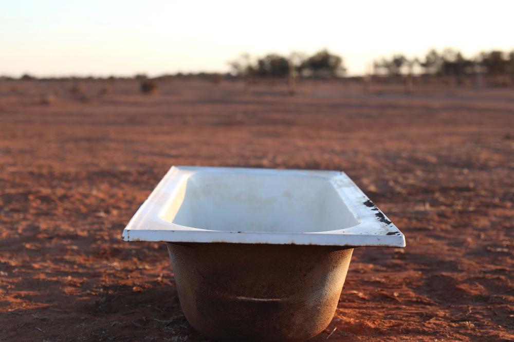 Outback bath 2